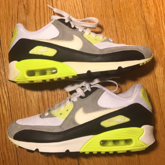 nike air max 90 essential neon